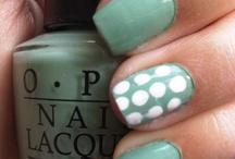 Nails I love / by Lauren Sohn