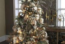 Christmas / by Annie Asbury Barnett
