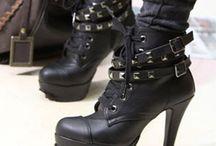 Badass Kicks / by Tania Martinez