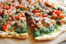 Pizzas / by Lena Kotler
