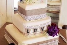 Wedding Cakes / by Coryse Templeman