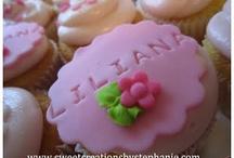 Cupcakes / by Patsy Villasenor