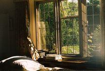 ma maison de rêve / by Leslie Owen