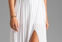 Gorgeous Dresses / by Marina Pelemiš