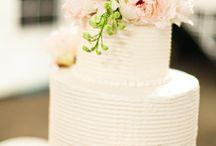 Cakes n More / by Shahida Ali