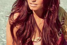 HAIR I WANT / by Niketha Moore