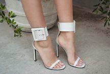 Shoes / by Mar Espanol