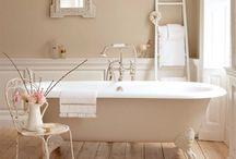 Bathtub ♥ / by Gail Blain Peterson (Faithfulness Farm)
