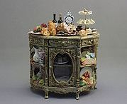 Doll Houses (Miniatures) / by Debra Clemence-Roman