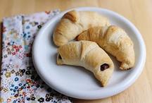 Favorite Recipes / by Michele Hoelzle
