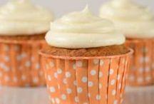 Recipes Cupcakes & Muffins / by Paula Toruño