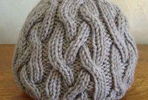 Knitting / by Jennifer Hagmaier