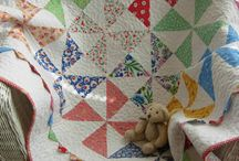 QUILTS / by Linda Maus