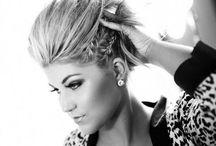 hair and makeup / by Lisamarie Clark