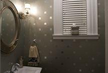Dream Home: Bathroom / by Chelsea Hays