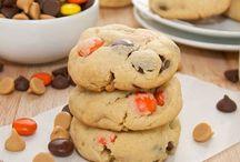 Yummy Desserts / by Kayley Fredricks