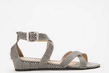 fashion finds / by Lucila Camarena
