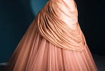 Gowns / by Denise Padilla