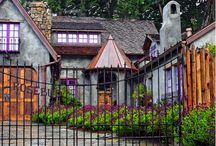 Cottages, cottages, cottages! / by Cheri Farmer