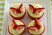 Recipes - cakes,cupcakes, frostings and pies. / by Hannah Anderson