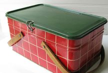 Vintage Tin Picnic & Lunch Boxes / by Nicole Souders