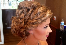 hair styles / by Janine Schenher