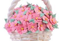 Decorative cakes/Bday/wedding/Shower / by Belinda Huddleston Bullion