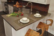 I need a new kitchen! / by Jennifer Manthei
