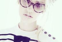Eyeglasses + Sunglasses / by Camila Soares