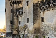 Buildings and Architecture / by Sofia R