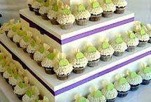 Cupcake Displays / by Bella Cupcake Couture