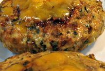Chicken entrees / Chicken  / by Jessie VM JVM17
