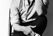 James McAvoy♥️ / Un dieu véritablement terriblement passionnément sexy ♥️ c'en est presque troublant mais je m'en fou je suis hypnotisée par sa beauté ravageante. Même si quelque personne émettent certaine réticence en vers son charisme cela ne me dérange pas. J'aurais l'impression que des mes fantasmes cet homme m'appartient au complet ♥️ / by Elisabeth Phillips