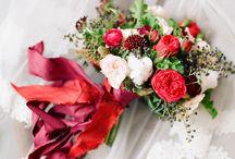 Red bouquets / by MyItalian Wedding