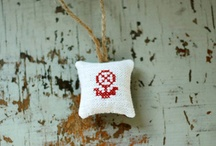 Embroidery ♥ Stickerei ♥ Broderie / by Nicole Bautz