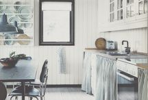 Kitchens / by Olivia Brock