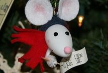 Christmas Crafts / by Annette Irizarry-Cruz
