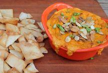 Thanksgiving / Thanksgiving Recipes / by Jacky Hackett