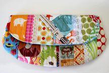 Bags To Sew / by Brenda Nanni
