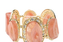 Jewelry gal / by Nikki Wazbinski
