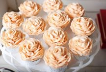 Cupcakes / by Ellen Cramblet