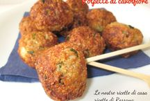 Passione polpette / by Manuela Cento