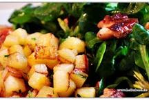 Fleischlos Glücklich! / Jede Woche gehst du mit HelloFresh auf einer kulinarischen Entdeckungsreise - von der heimischen bis hin zur internationalen Küche. Eine neue vegetarische Kochwelt erwartet dich bei HelloFresh! / by HelloFresh
