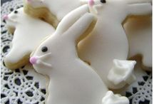 EASTER YUMMIES / by Suzanne Toby