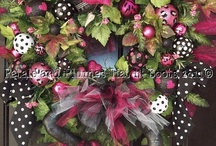 Wreaths / by Kim Douglas Patterson