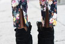 Pantalons imprimés / Fleurs, pois, ethnique, multicolor les imprimés sont à l'honneur cet été ! Comme Blake lively, Olivia Palermo ou Jessica Alba craquez pour le pantalon imprimé sur Monshowroom : grand it de cet saison  / by MonShowroom.com ♥