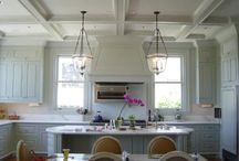 Kitchens / by Molly Cantwell