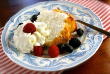 ¡Postres y más postres! / Our yummiest desserts! / by MamásLatinas