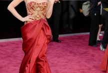 RED CARPET DRESSES / by PaolaB .
