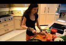 Raw food ideas / by Becky Stroebel-Johnson